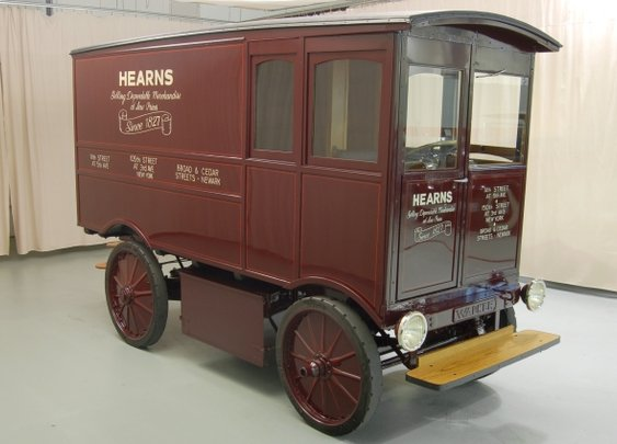 1909 Walker Electric Delivery Van Fetches $127,500 at Auction | PluginCars.com