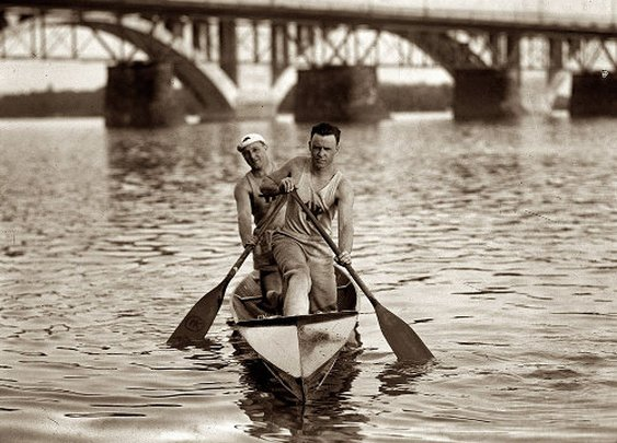 Canoeing: Keeping the Inside Dry and the Outside Wet | The Art of Manliness