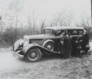 Old Cars in Old Photos: I Play Detective   Nick Palermo, Freelance Auto Writer  Living Vroom