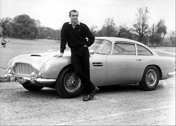 007 and his Aston Martin!!