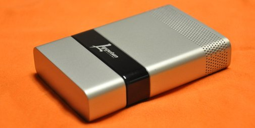 Fuel-Cell For Charging Phone Batteries On The Go