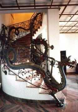 Dragon stairwell