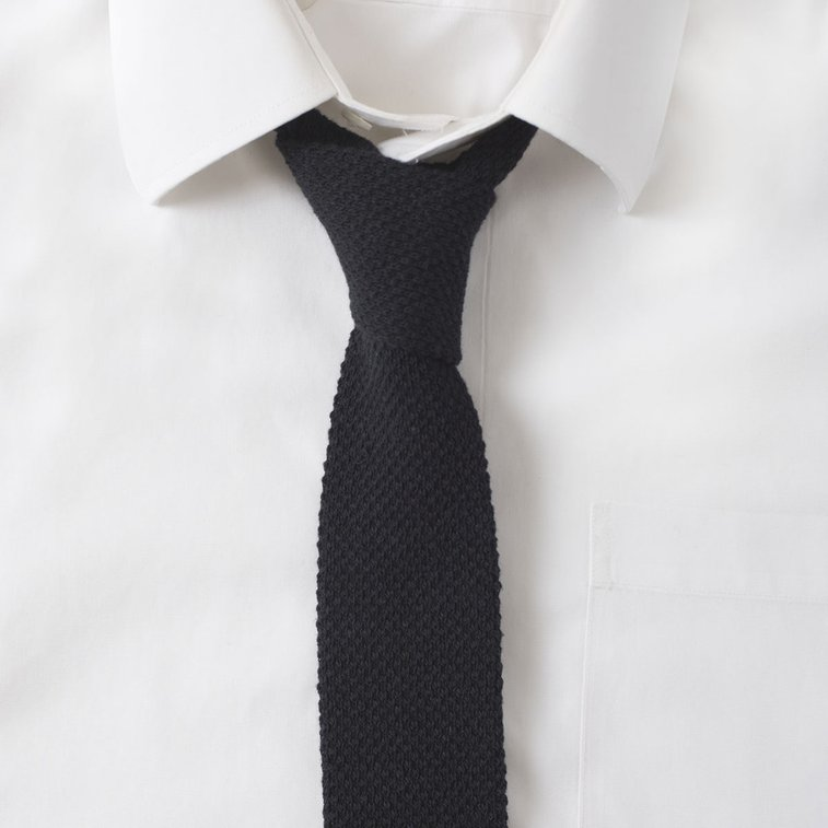 DAILY DEAL ON PREMIUM & KNIT TIES. View products. EXTRA LONG TIES FOR MEN OVER 6'1. View products. Colebrook Black Silk Tie $ Stafford Squares Silk Tie, Burgundy / Light Blue Our philosophy at The Dark Knot is simple yet profound: To provide the market with hand made, luxurious product at an affordable price, all while helping.