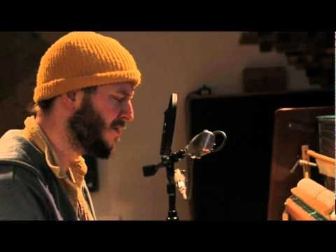Bon Iver - I Can't Make You Love Me / Nick of Time