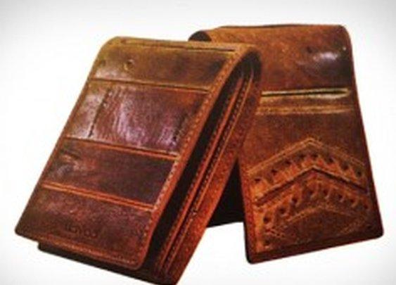Coach Designs Wallets Made Of Vintage Baseball Gloves - PSFK
