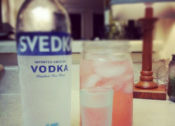 A gentel-redneck's cocktail: vodka and cherry 7-Up