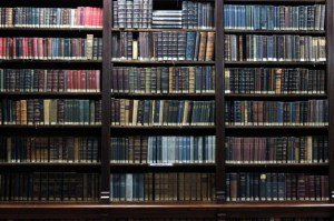 Eleven (Really) Long Novels Worth Your While  |  thethingaboutflying
