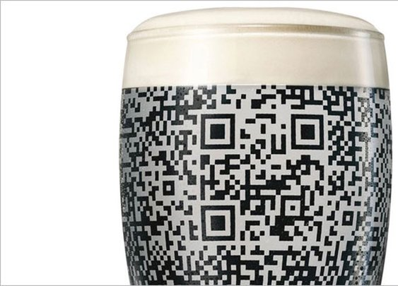 Guinness Glass Reveals Scannable Code When Full