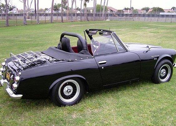 Datsun 1600 Fairlady Roadster.