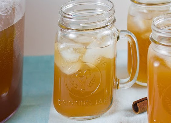 A Memorial Weekend Treat: Apple Pie Moonshine
