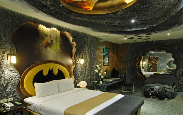 Batman Themed Hotel room in Taiwan