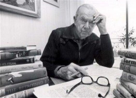 Four Reasons You Should Be Reading Graham Greene  |  thethingaboutflying
