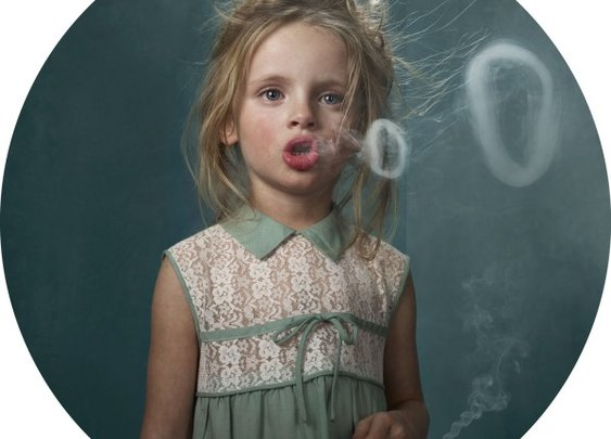 Awesome Robo!: Smoking Kids by Frieke Janssens