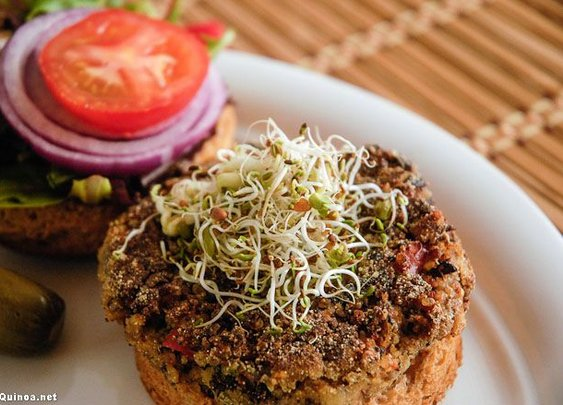 Spicy Black Bean & Quinoa Burgers