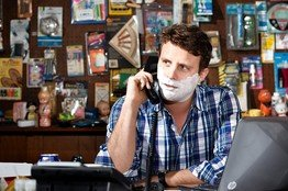 Dollar Shave Club Enters Razor Wars - WSJ.com