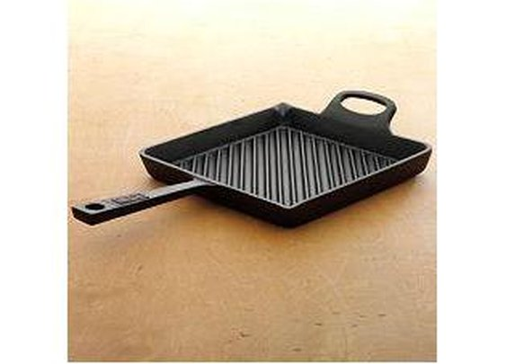 BOBBY FLAY CAST-IRON GRILL PAN : Marketplace HGTV - Browse Products Available Just for You