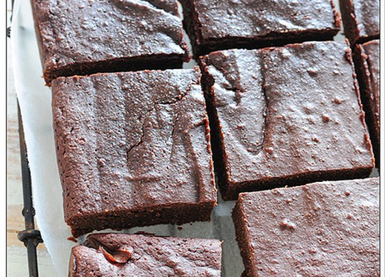 Can dessert be guilt-free? + paleo brownies recipe