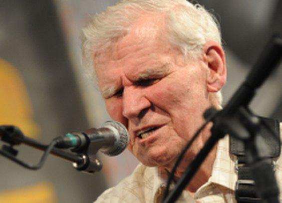 Doc Watson, folk guitar master, dead at 89