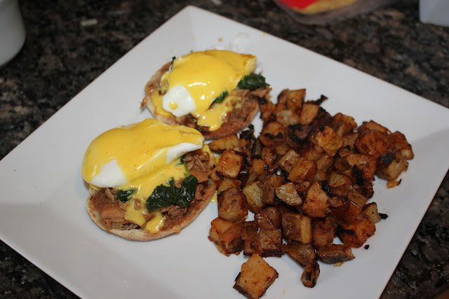 Pulled Pork and Spinach Eggs Benedict