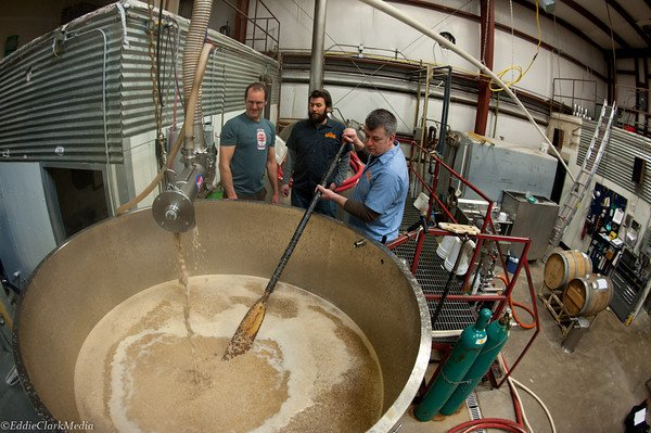 4 Things You Can Learn from the Craft Brewing Industry