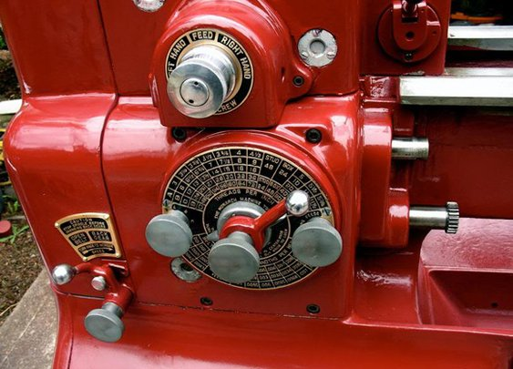 MAKE |   Gorgeous 1940s Lathe Restoration
