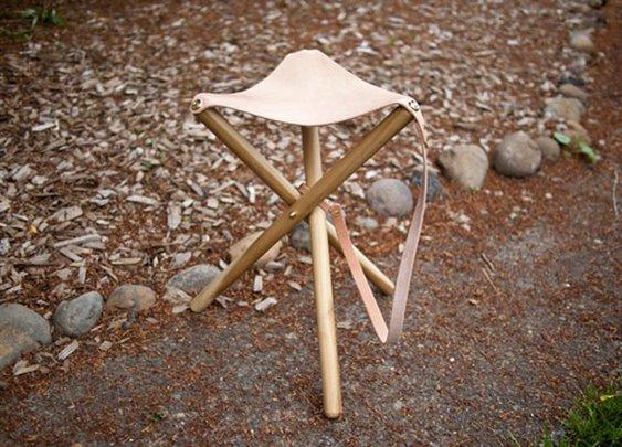 diy project: tripod camping stool | Design*Sponge