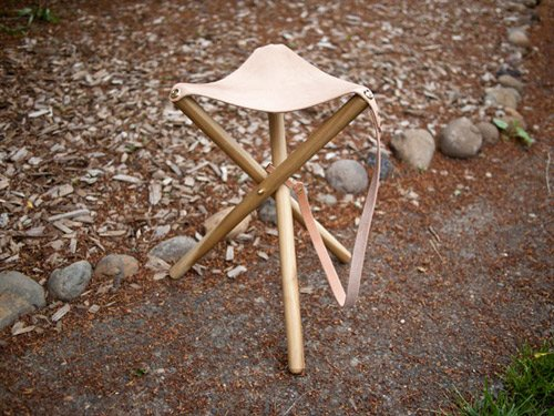 diy project: tripod camping stool | Design*Sponge