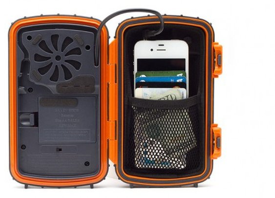 ECOXPRO Waterproof Speaker Case keeps smartphones dry, but not silent
