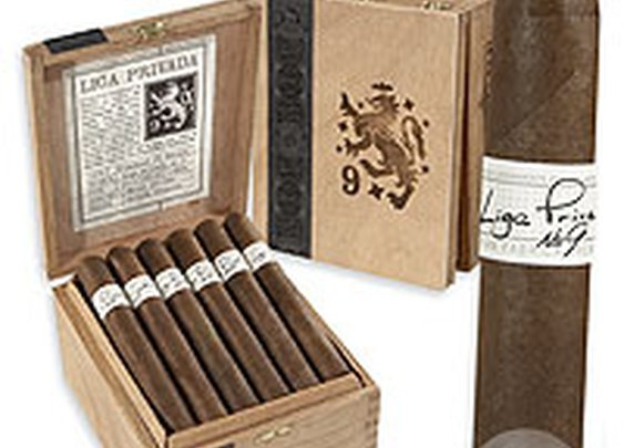 Liga Privada No. 9 by Drew Estate - Cigars International