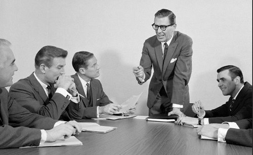 Becoming Well-Spoken: How to Minimize Your Uh's and Um's | The Art of Manliness