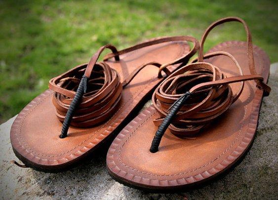 Leather Tarahumara Huarache sandals by Hippiestyle on Etsy