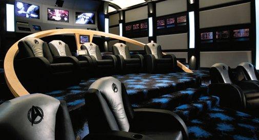 I'm On A Spaceship!: Star Trek Themed Home Theater | Geekologie