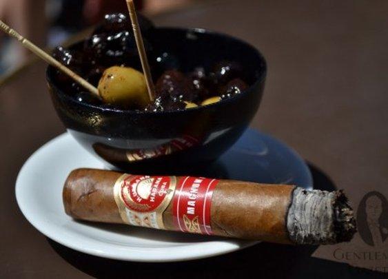 H. Upmann Magnum 46 Cigar Review — Gentleman's Gazette