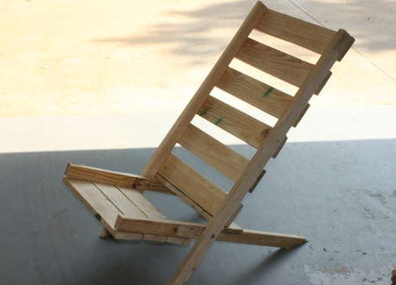 Folding Pallet Chair