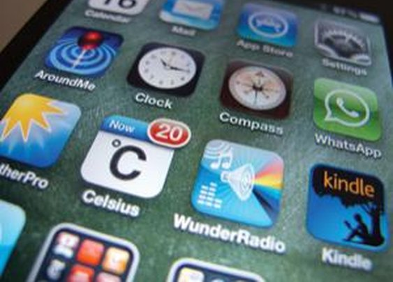 Future-predicting system cuts app loading time