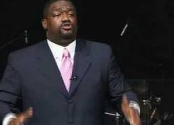 "Voddie Baucham - ""Go Home and Love your Wife.""      - YouTube"