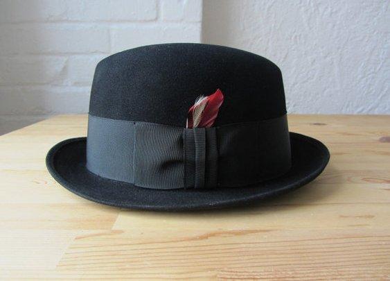 Vintage Stetson homburg // 60s black fedora // by BlueFennel