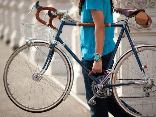 Bicycle Frame Handle by Walnut Studiolo — Kickstarter
