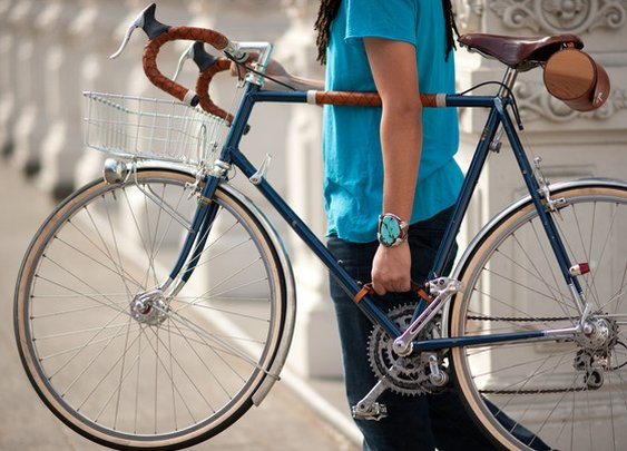 Bicycle Frame Handle by Walnut Studiolo — Kickstarter