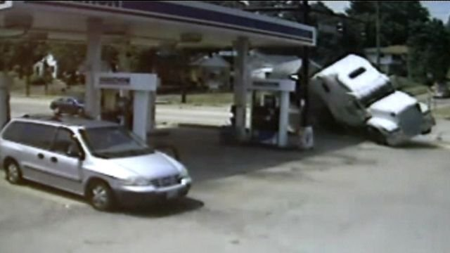Runaway semi truck heads straight for gas station