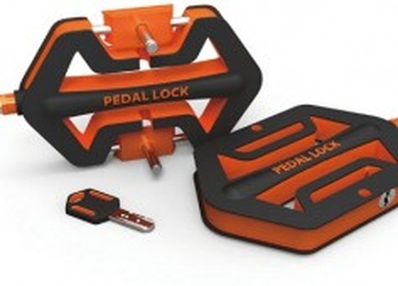 Bike Pedal Transforms Into A Wheel Lock Pedal-Lock – PSFK