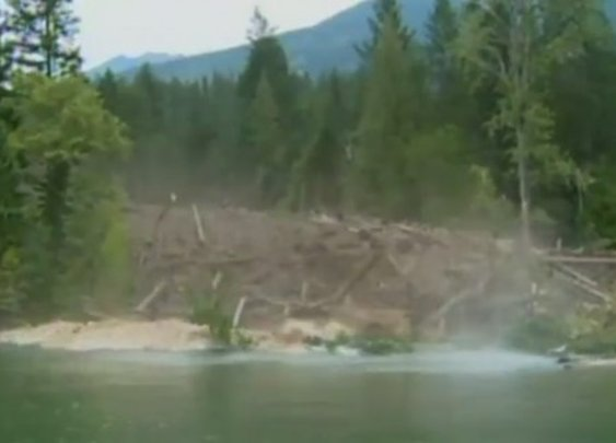 Watch An Intense Mudslide Destroy Everything In Its Path [Video]
