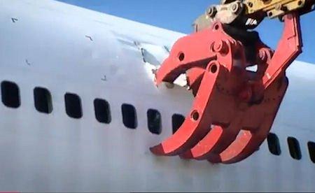The Presurfer: Jumbo Jet Junkyard: The Scrapping Of A Boeing 747