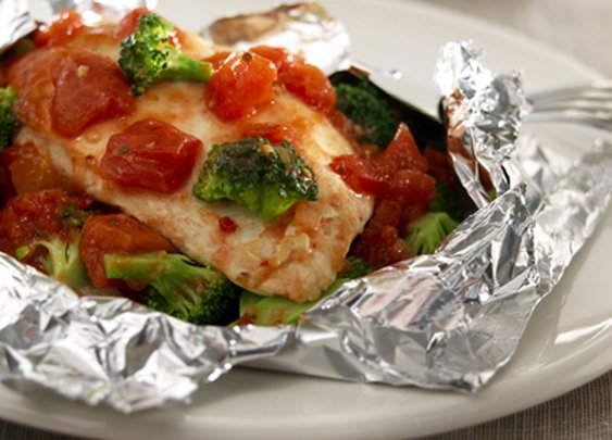 Low Fat Italian Tomato Chicken Breast Tin Foil Pouch Dinner Recipe - Six Pack Smack Down
