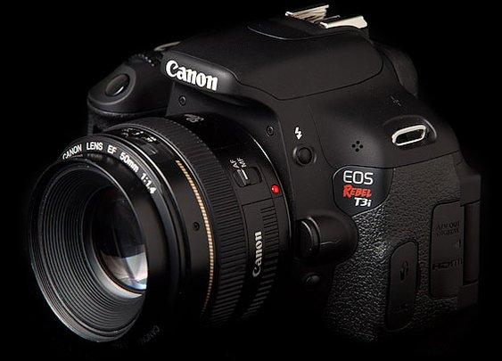 Canon EOS Rebel T3i (600D) DSLR