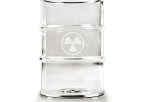 Amazon.com: Fred & Friends Polluted Glass, Set of 2: Kitchen & Dining