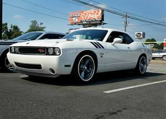 Image Detail for - 2010 Dodge Challenger RT - 3/4 view | Flickr - Photo Sharing!