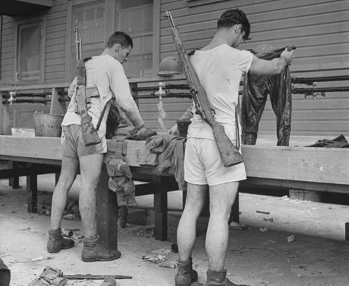 Heading Out on Your Own — Day 2: How to Do Laundry | The Art of Manliness