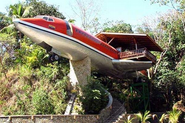 Five Unusual Aircraft Homes