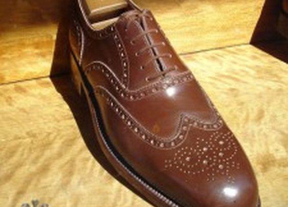 Warsaw Bespoke Shoes, Gloves And Craftsmanship — Gentleman's Gazette